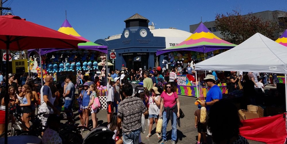 Colorful view of Solano stroll on the street